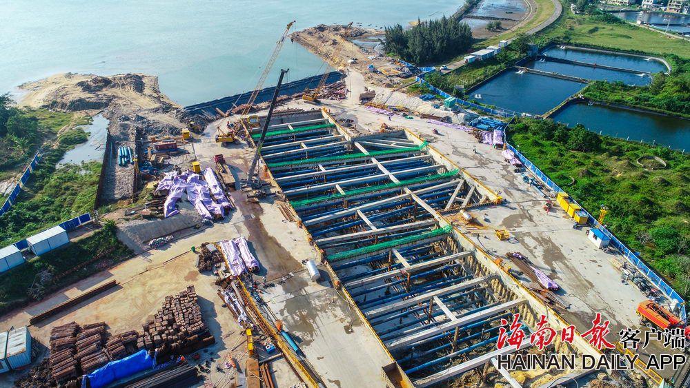 海口文明东越江通道项目总工程量完成过半