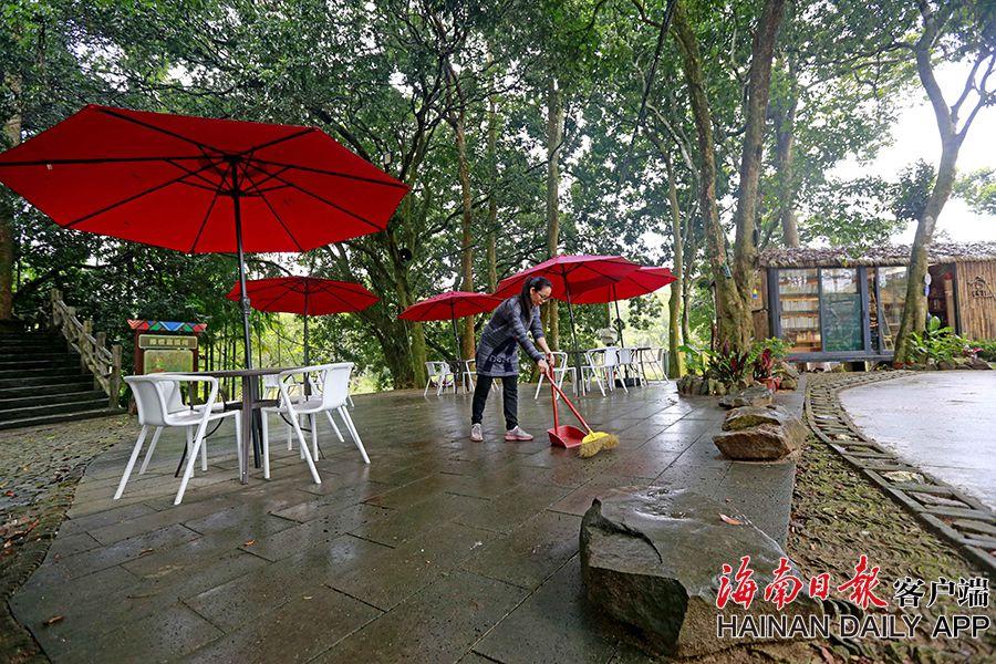 琼中鸭坡村:文化旅游扶贫助力美丽乡村建设