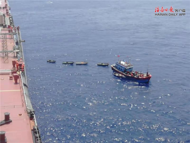 亚博电竞官网官方主页一渔船在南沙遇险 船上32人已全部获救
